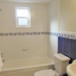 2nd bathroom, beautiful blue and white decor
