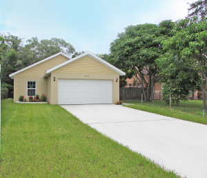 brand new 3ba/2bath/2car garage home